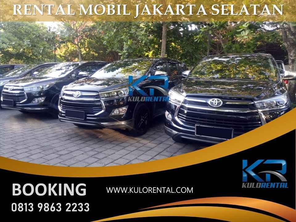 Rental Mobil dekat Kinanti Building